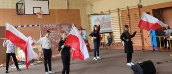 3 maj 2021 flagi KSP SPSK Czerwienne
